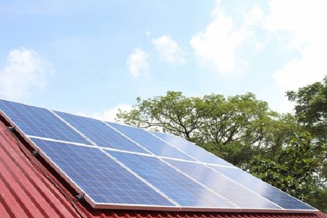 Tiện ích khi sử dụng pin mặt trời